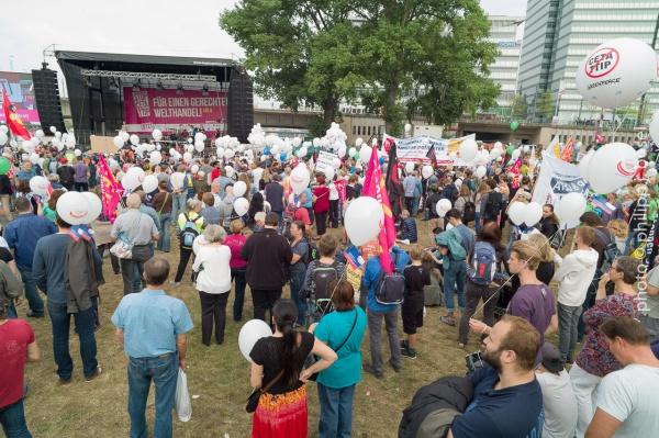 Stoppt CETA & TTIP